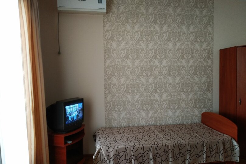 """Гостевой дом """"Karant"""", улица Железнякова, 8/22 на 4 комнаты - Фотография 16"""