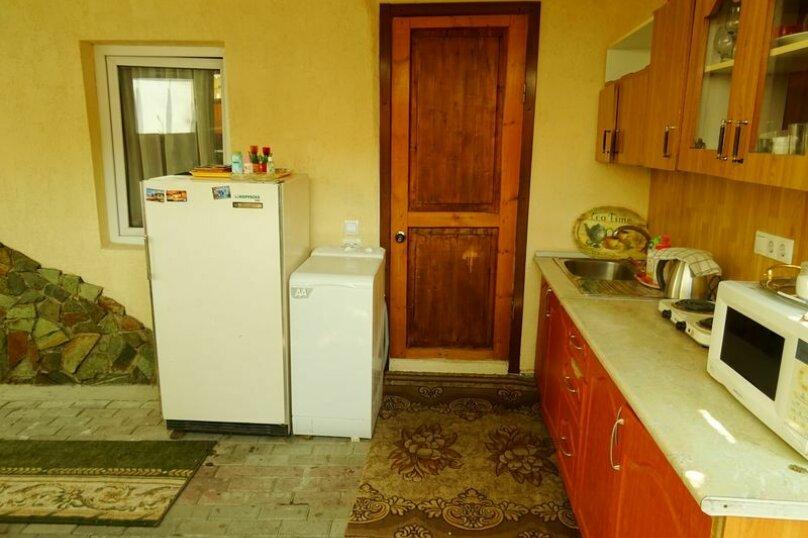 Уютный дом под ключ недалеко от моря!, 60 кв.м. на 6 человек, 2 спальни, Морская улица, 15а, Геленджик - Фотография 1