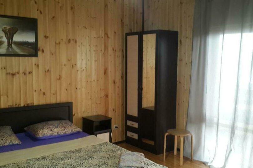 Двухместный номер Делюкс с 1 кроватью и дополнительной кроватью, Молочный совхоз , 10, Пицунда - Фотография 5