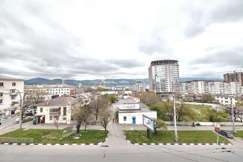 1-комн. квартира, 45 кв.м. на 2 человека, улица Лейтенанта Шмидта, 17, Новороссийск - Фотография 2