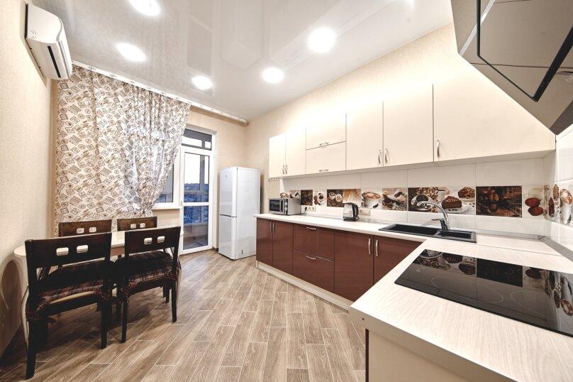1-комн. квартира, 42 кв.м. на 2 человека, улица Энгельса, 95, Новороссийск - Фотография 1