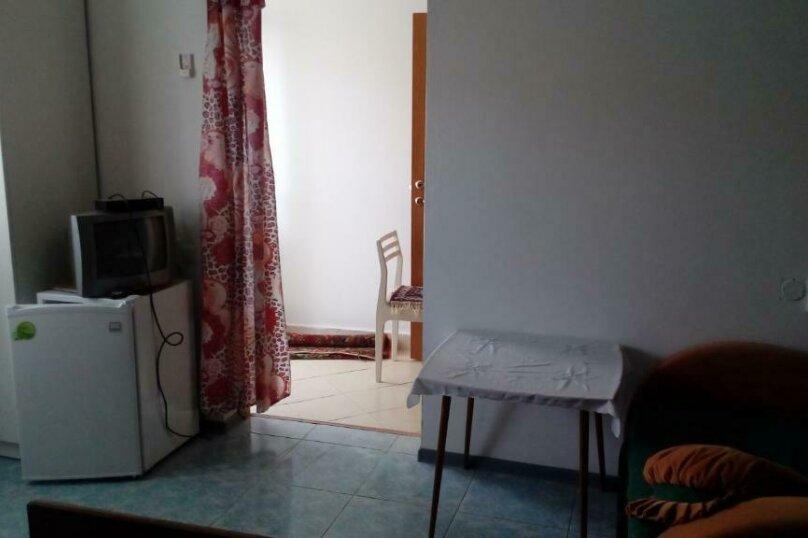Трехместный номер, Озёрная улица, 29, ПК Кавказ, Голубицкая - Фотография 1
