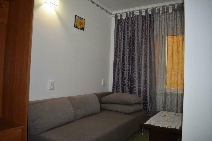 Улучшенный четырехместный номер, Озёрная улица, 29, ПК Кавказ, Голубицкая - Фотография 6