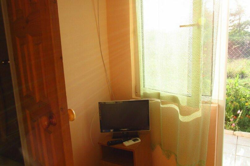 Четырехместный номер, Советская улица, 76, Голубицкая - Фотография 4