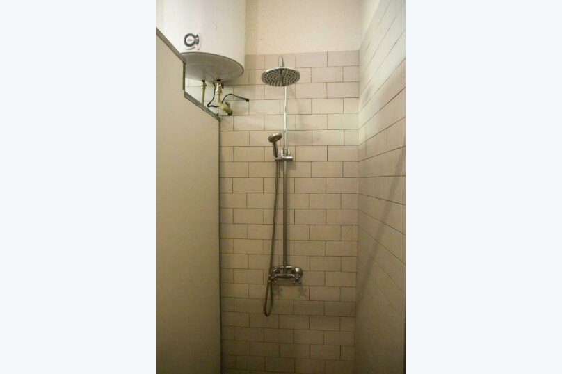 Трехместный номер эконом-класса с общей ванной комнатой, улица Харазия, 2, Новый Афон - Фотография 2