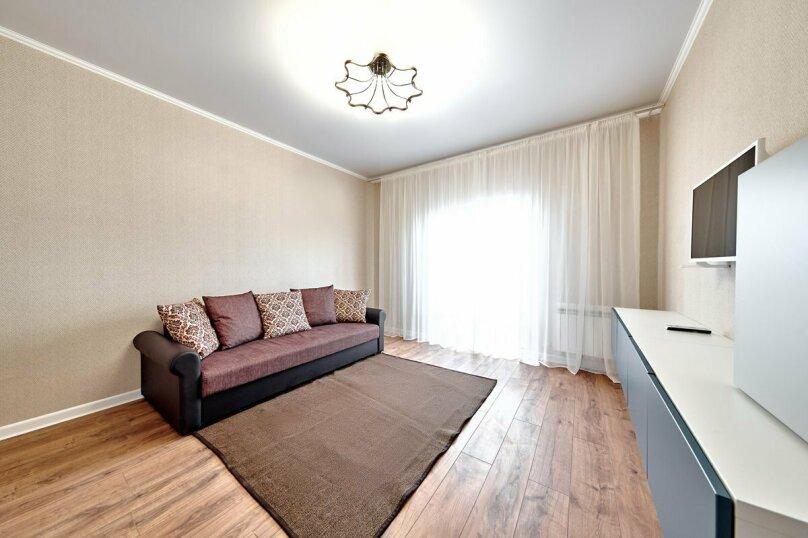2-комн. квартира, 74 кв.м. на 4 человека, улица Серова, 17, Новороссийск - Фотография 2