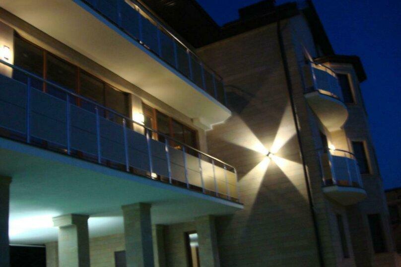 """Отель """"Кипарис"""", Советская улица, 52 на 22 комнаты - Фотография 14"""