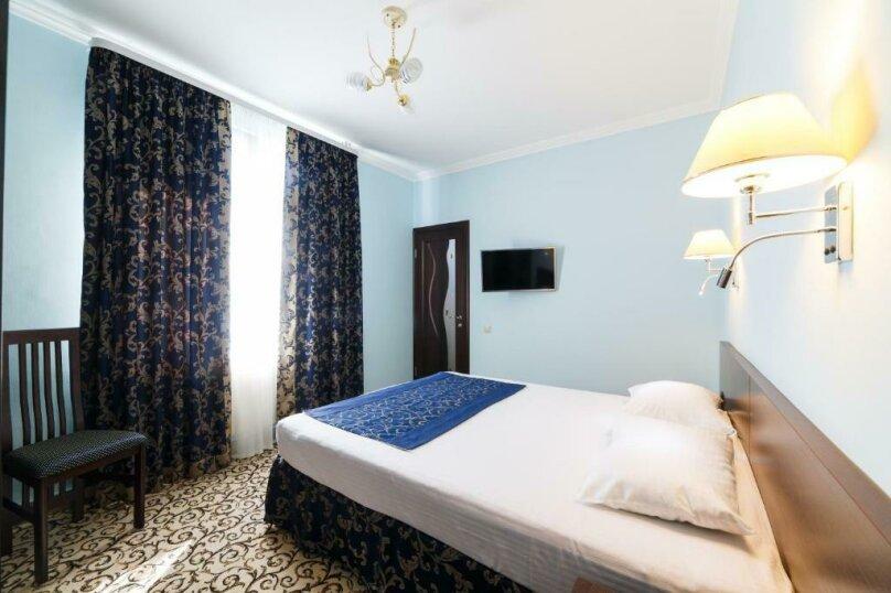 Стандарт с одной двухспальной или двумя односпальными кроватями, Интернациональная улица, 5, Адлер - Фотография 1