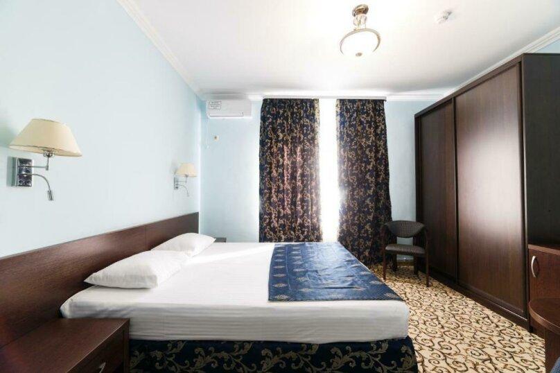 Стандарт с одной двухспальной или двумя односпальными кроватями, Интернациональная улица, 5, Адлер - Фотография 3