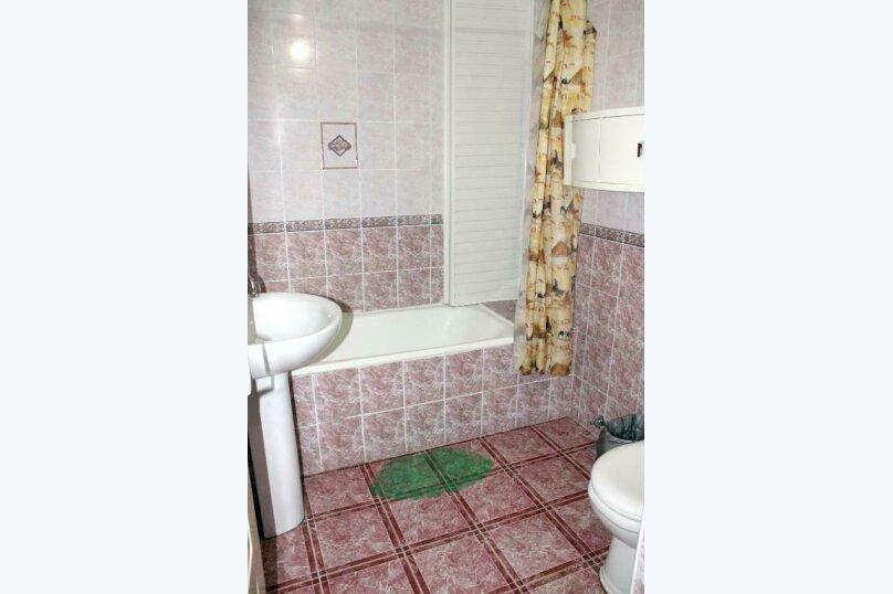"""Гостевой дом """"Лазурь"""", Лазурная улица, 22 на 37 комнат - Фотография 17"""
