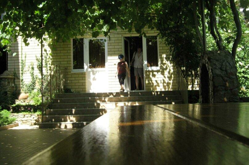 """Гостевой дом """"Костас"""" с собственным пляжем, Благовещенский переулок, 16 на 20 комнат - Фотография 12"""