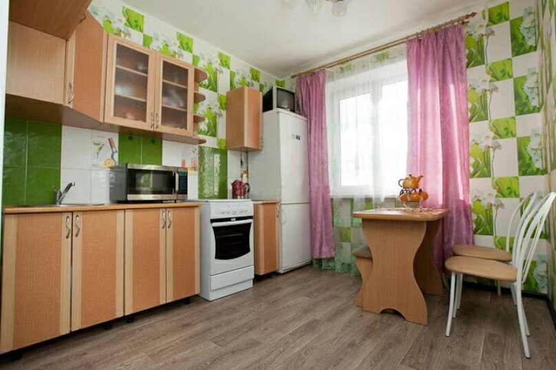 1-комн. квартира, 33 кв.м. на 4 человека, улица Руставели, 28, Челябинск - Фотография 4