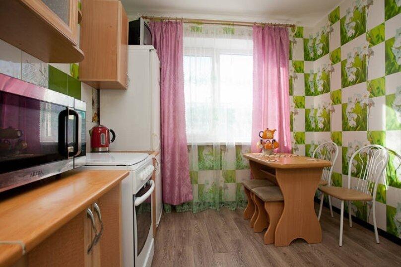 1-комн. квартира, 33 кв.м. на 4 человека, улица Руставели, 28, Челябинск - Фотография 5