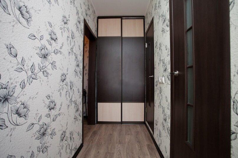 1-комн. квартира, 33 кв.м. на 4 человека, улица Руставели, 28, Челябинск - Фотография 6