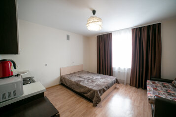 1-комн. квартира, 27 кв.м. на 4 человека, улица Савиных, 4А, Томск - Фотография 1