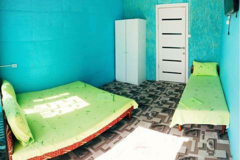 Трехместный номер с собственной ванной комнатой, Приморская улица, 12, Лермонтово - Фотография 2