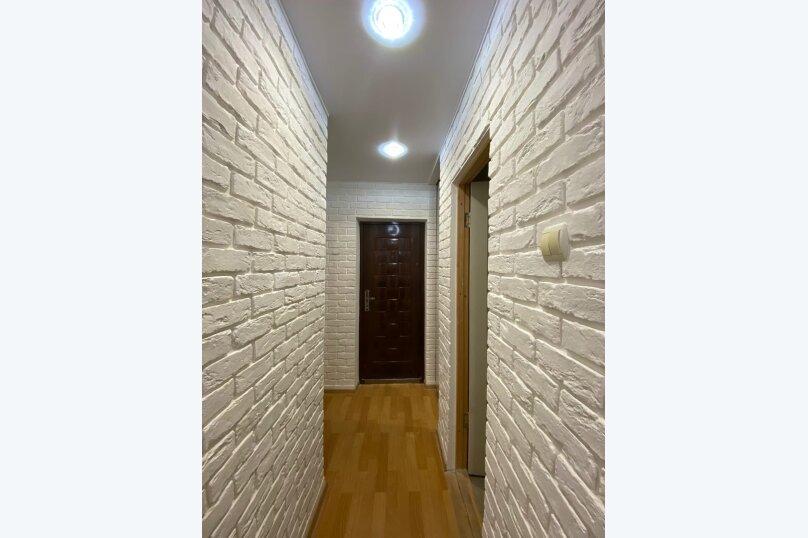 1-комн. квартира, 30 кв.м. на 3 человека, улица Адмирала Юмашева, 15Вк1, Севастополь - Фотография 2