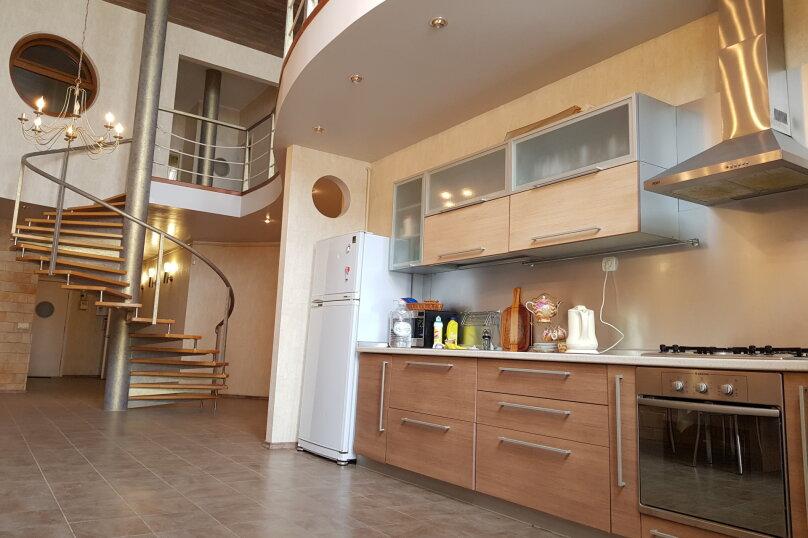 Дом, 200 кв.м. на 10 человек, 2 спальни, улица Адмирала Крюйса, 30, Таганрог - Фотография 7