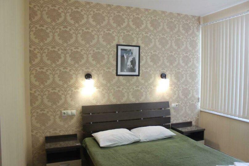 Стандартный двухместный номер с  1 двухспальной кроватью или 2 раздельными кроватями, улица Одоевского, 91А, Лазаревское - Фотография 5
