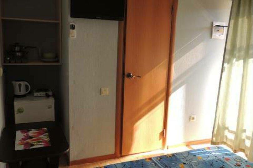Двухместный номер с двуспальной кроватью и мини-кухней, Взлётная улица, 5, ПК Кавказ, Голубицкая - Фотография 4