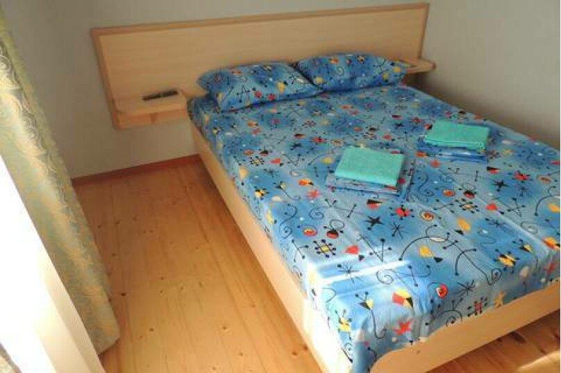 Двухместный номер с двуспальной кроватью и мини-кухней, Взлётная улица, 5, ПК Кавказ, Голубицкая - Фотография 5