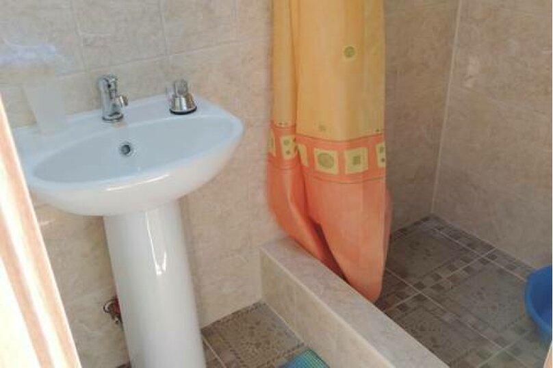 Двухместный номер с двуспальной кроватью и мини-кухней, Взлётная улица, 5, ПК Кавказ, Голубицкая - Фотография 6