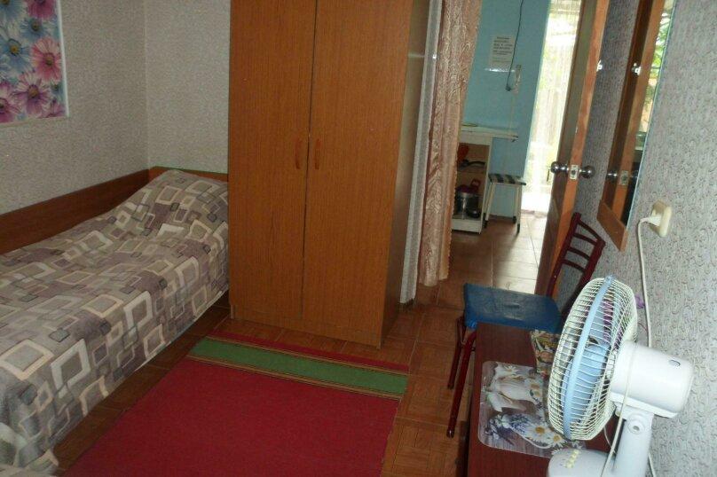 Номер 2х-комнатный с кухней  , микрорайон Солнечный, Ялтинская улица, 18, Геленджик - Фотография 3