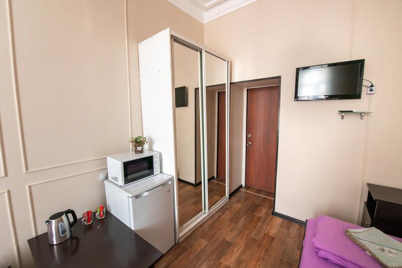 Трехместный номер с 3 односпальными кроватями, Алеутская улица, 17, Владивосток - Фотография 6