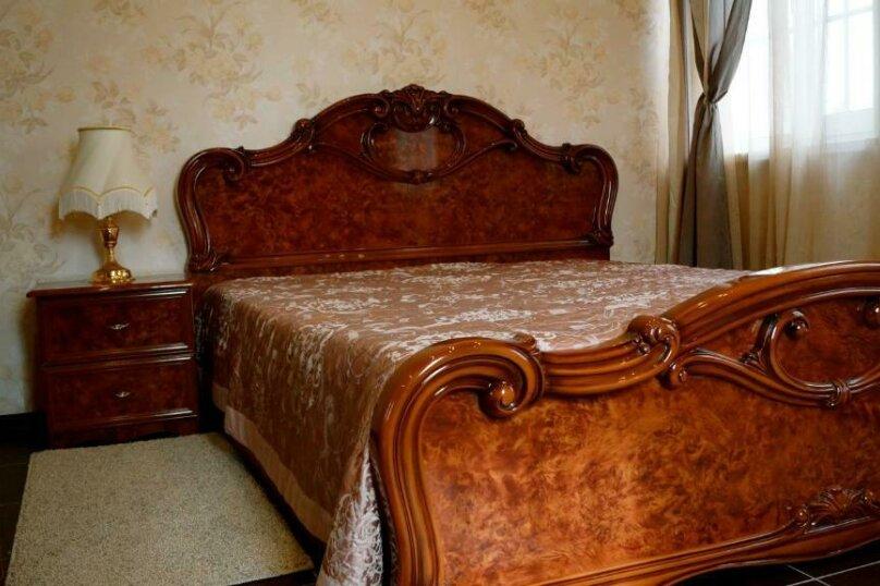 Двухместный номер с большой двуспальной кроватью, посёлок Песочный, Пограничная улица, 97, Санкт-Петербург - Фотография 2