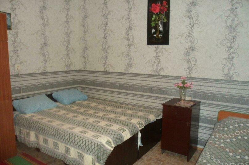 Комната 4-х местная в двухкомнатном номере, микрорайон Солнечный, Ялтинская улица, 18, Геленджик - Фотография 2