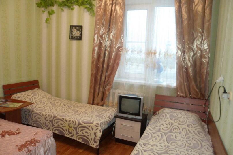 Комната 4-х местная в двухкомнатном номере, микрорайон Солнечный, Ялтинская улица, 18, Геленджик - Фотография 8