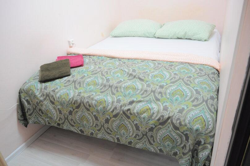 Небольшой бюджетный номер с 1 двухспальной кроватью, без окна, Садовая улица, 28-30к1, Санкт-Петербург - Фотография 8