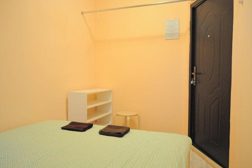 Бюджетный двухместный номер с 1 кроватью с видом на город., Садовая улица, 28-30к1, Санкт-Петербург - Фотография 2