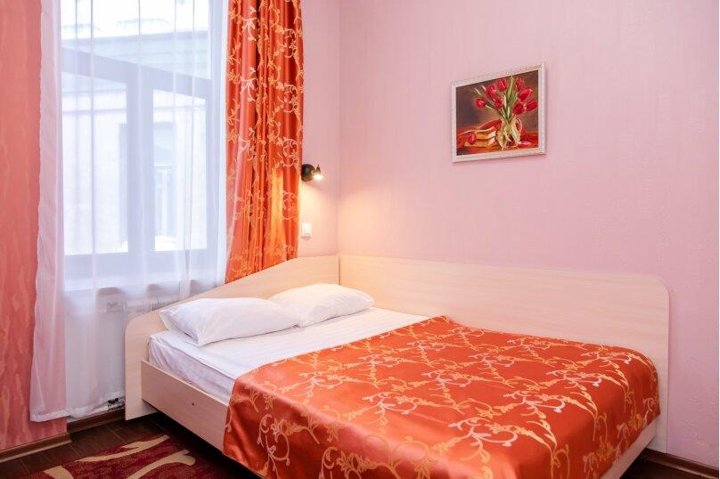 Одноместная комфортная комната, набережная канала Грибоедова, 35, Санкт-Петербург - Фотография 1