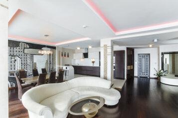 4-комн. квартира, 250 кв.м. на 10 человек, улица Строителей, 3А, Гурзуф - Фотография 1
