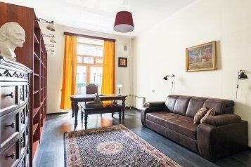 2-комн. квартира, 80 кв.м. на 4 человека, Большой проспект Петроградской стороны, 102, Санкт-Петербург - Фотография 1