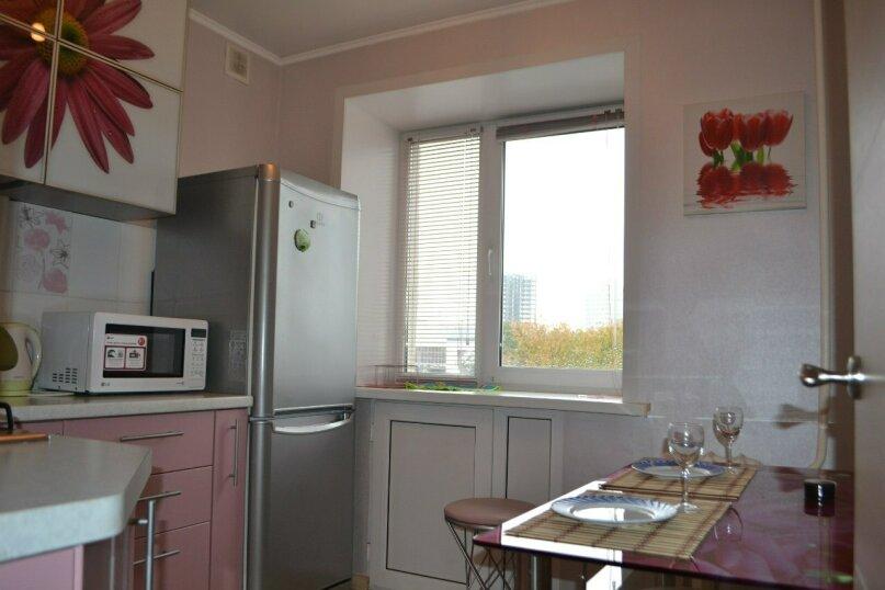 1-комн. квартира, 32 кв.м. на 4 человека, улица Мира, 78, Пермь - Фотография 5