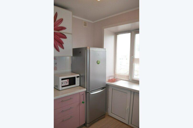 1-комн. квартира, 32 кв.м. на 4 человека, улица Мира, 78, Пермь - Фотография 8