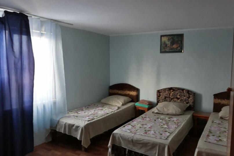 3-х местный номер , Таманская улица, 23, Благовещенская - Фотография 1