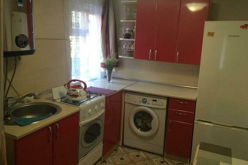 Дом, 30 кв.м. на 5 человек, 1 спальня, улица Павлова, 36, Ейск - Фотография 3