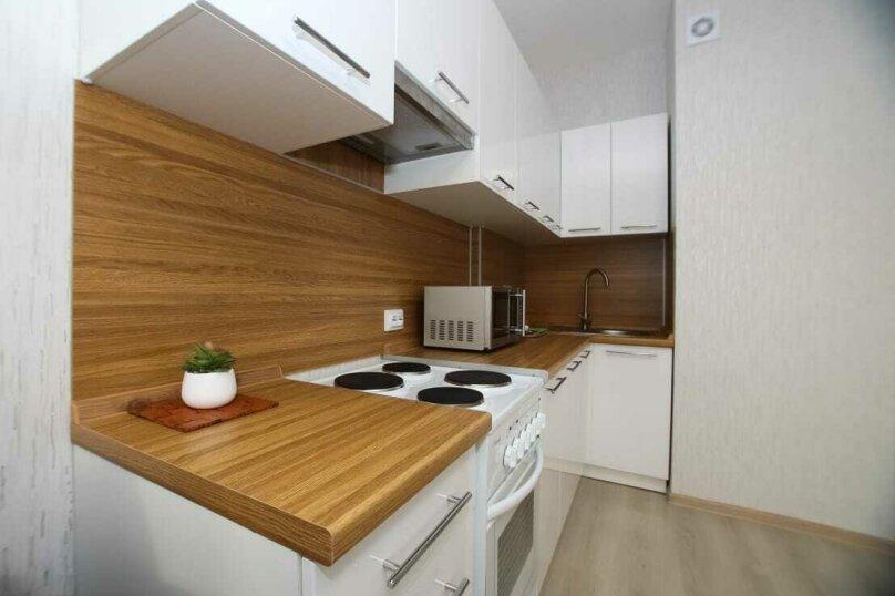 1-комн. квартира, 48 кв.м. на 4 человека, улица Революции, 52Б, Пермь - Фотография 10