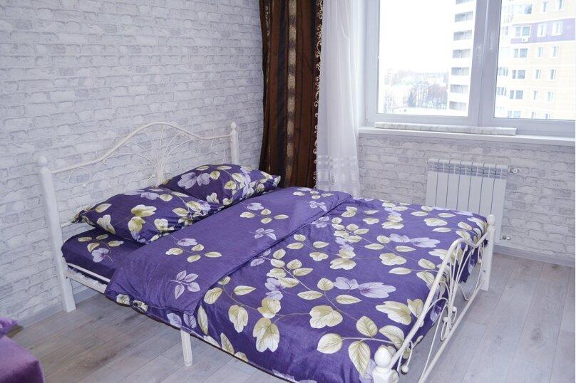 1-комн. квартира, 50 кв.м. на 4 человека, улица Пирогова, 1к3, Чебоксары - Фотография 2