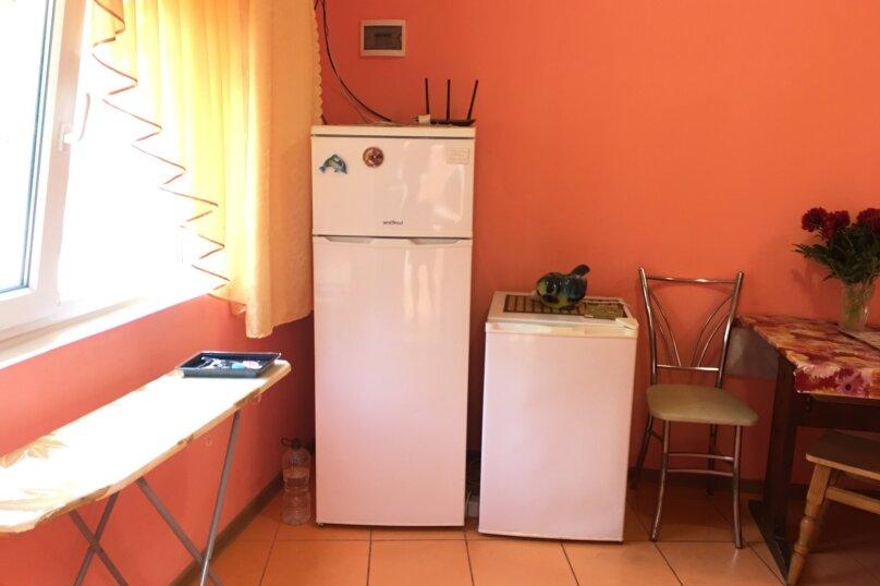 Домик для отдыха, 60 кв.м. на 10 человек, 4 спальни, Строительная, 4А, Феодосия - Фотография 10