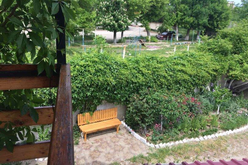 Домик для отдыха, 60 кв.м. на 10 человек, 4 спальни, Строительная, 4А, Феодосия - Фотография 14