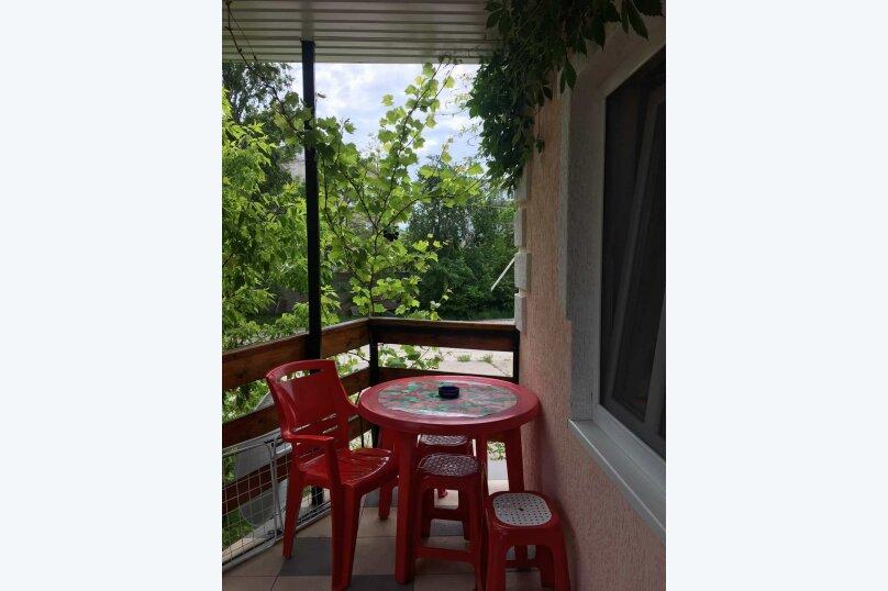 Домик для отдыха, 60 кв.м. на 10 человек, 4 спальни, Строительная, 4А, Феодосия - Фотография 17