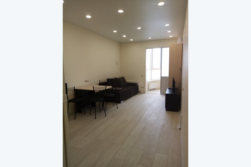 1-комн. квартира, 40 кв.м. на 4 человека, улица Есауленко, 6А, Сочи - Фотография 1