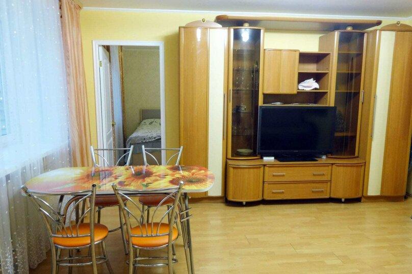3-комн. квартира, 63 кв.м. на 8 человек, Козлёнская улица, 76, Вологда - Фотография 1