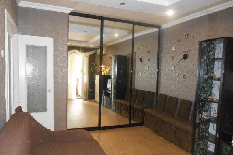 2-комн. квартира, 65 кв.м. на 5 человек, 1-й микрорайон, 27, Щелкино - Фотография 9