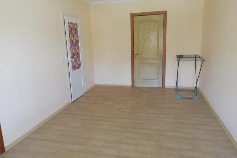 Второй этаж дома с отдельным входом, 100 кв.м. на 8 человек, 3 спальни, Матвиенко, 37, Солнечная Долина - Фотография 14