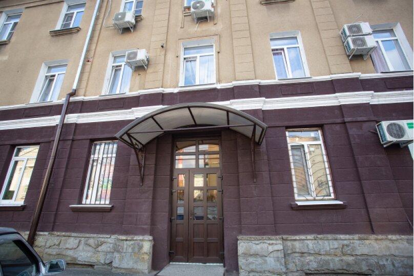 "Хостел ""Шухов"", улица имени Калинина, 468 на 5 номеров - Фотография 1"